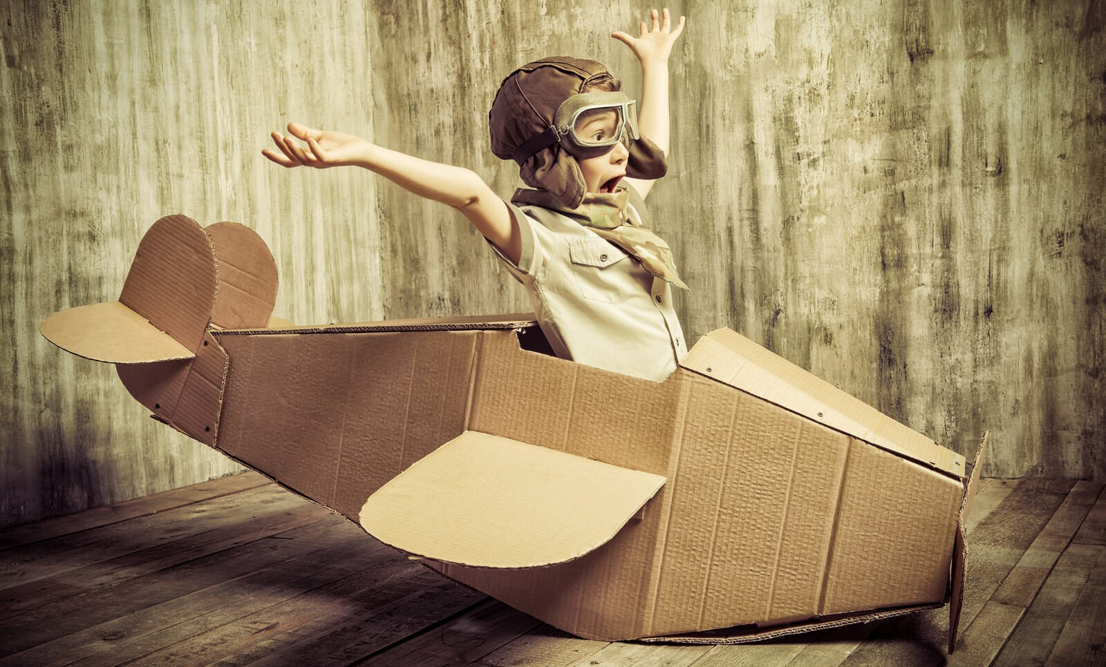 landing cardboard plane